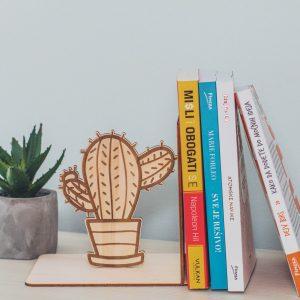 Držač za knjige u obliku kaktusa